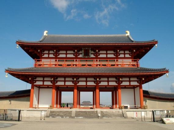 Heijo Palace and Yamato Koriyama Walking Tour (Full Day)
