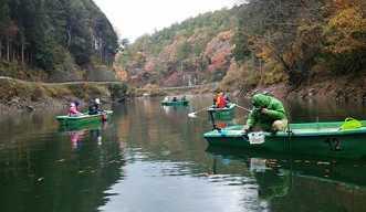 【2人用】日本最南端!ボートでワカサギ釣り体験【12/1~2/28、ボート・竿レンタル・エサ付】