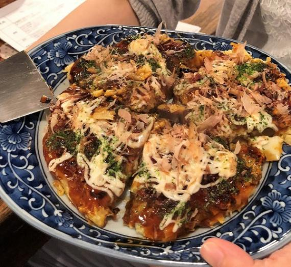 Okonomiyaki Cooking with Locals (Local Food Experience)